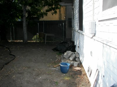 backyard-before2.jpg