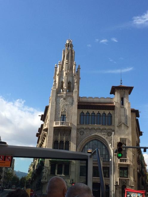 day-6d-bus-turistic10-architecture
