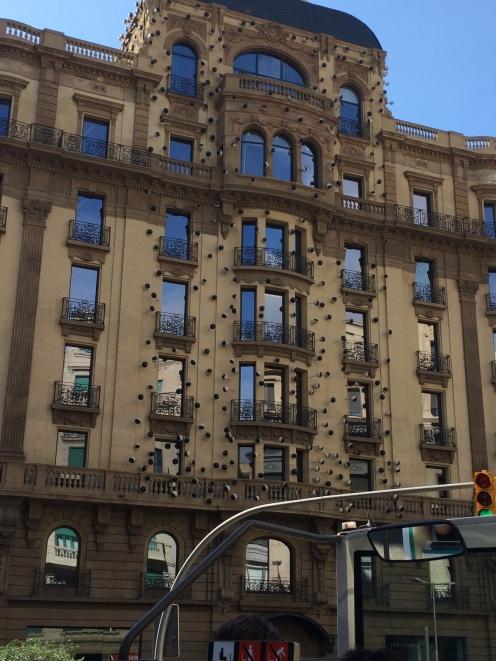 day-6d-bus-turistic9-architecture