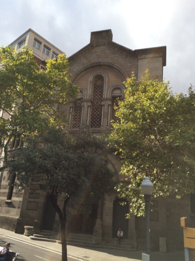 day-6i-bus-turistic1-church